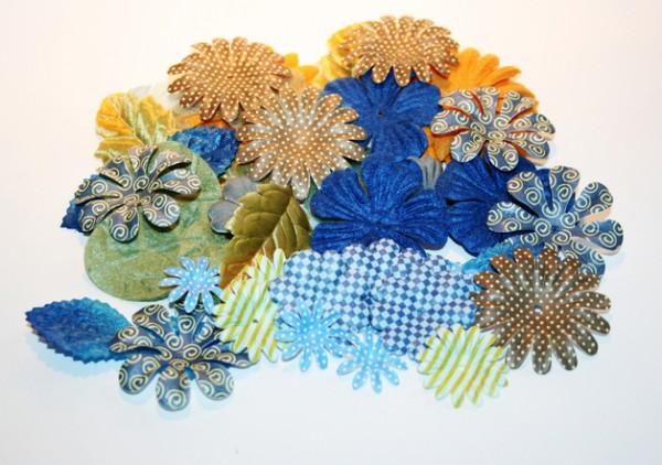 Stoff Blütenmischung blau-grün